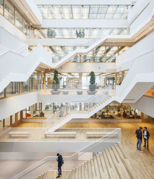 15 Impressive Atriums (And Their Sections), © Tim Van de Velde