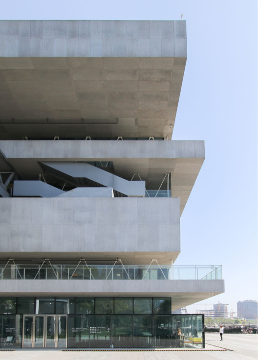 Atelier Deshaus' Shanghai Modern Art Museum Through the Lens of Kris Provoost