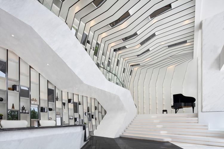 Sky Center / PAL Design, © Qilin Zhang
