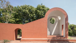 The Morning Chapel / Flores & Prats