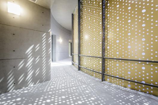 Corridor. Image © Shawn Liu, Kyle Yu