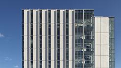 Facultad de Ciencias de la Salud de la Universidad de Carleton / Montgomery Sisam Architects