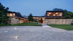 Residence 1446 / Miró Rivera Architects
