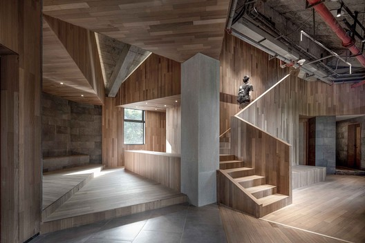 Entrance from Building-1. Image © ARCHEXIST