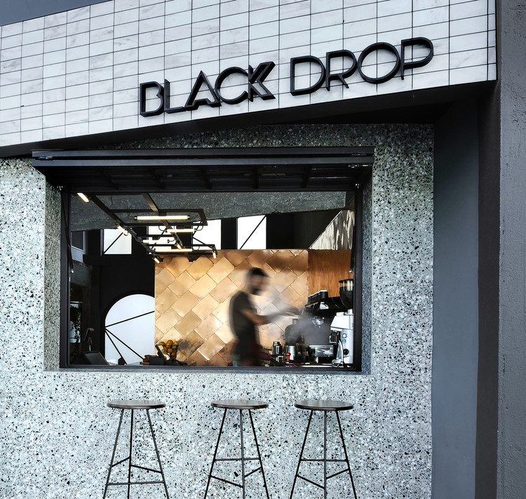 Small Cafe Designs 20 Aspirational Examples In Plan Section Archdaily