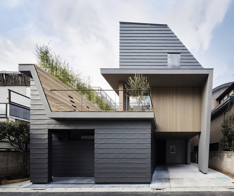 House in Minamiyukigaya / Hugo Kohno Architect Associates, © Seiichi Ohsawa