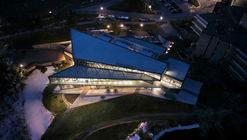 Trent University Student Center / Teeple Architects