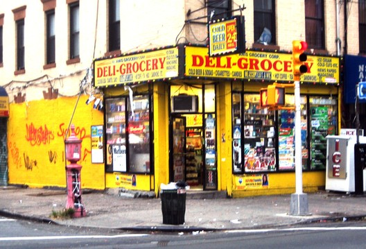 East New York Deli (2007). Image © <a href='https://www.flickr.com/photos/paul_lowry/2036783500'>Flickr user Paul Lowry </a> licensed under <a href='https://creativecommons.org/licenses/by/2.0/'>CC BY 2.0</a>
