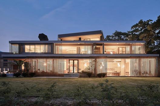 Architecture. Image © Sven Zhang
