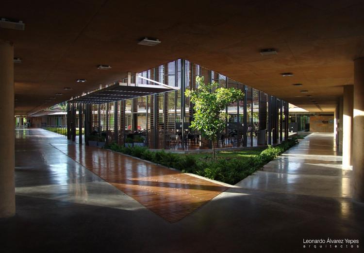 Edificio Comercial La plaza Ciudad del Saber Panamá / Leonardo Álvarez Yepes arquitectos, Cortesía de Leonardo Álvarez Yepes