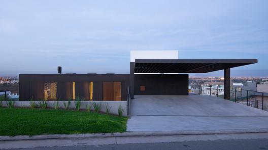 Casa en La Cuesta / Abdenur Arquitectos