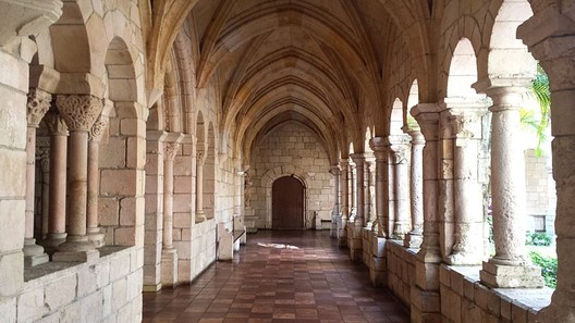 The Spanish Monastery. Image Courtesy of Wikimedia User Daderot licensed under Creative Commons Attribution 3.0