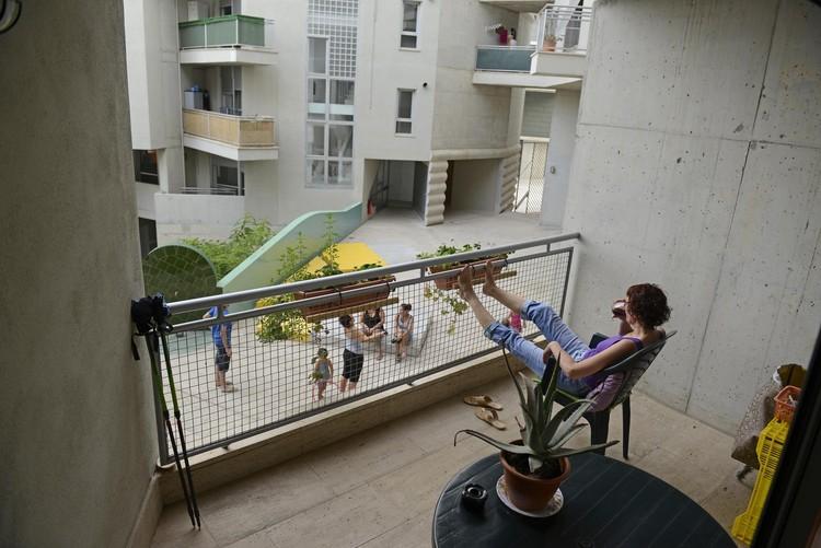 Barcelona aumentará la construcción de vivienda social en su lucha contra la gentrificación, Viviendas sociales. Flores & Prats. Image © Alex García
