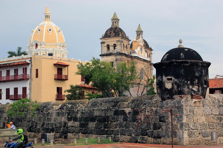 UNESCO sugere demolição do complexo Aquarela que ameaça patrimônio de Cartagena, Centro histórico de Cartagena. Imagem © Laslovarga, sob licença CC BY-SA 4.0