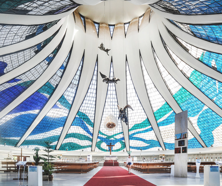 Clásicos de Arquitectura: Catedral de Brasilia / Oscar Niemeyer, © Maria Gonzalez