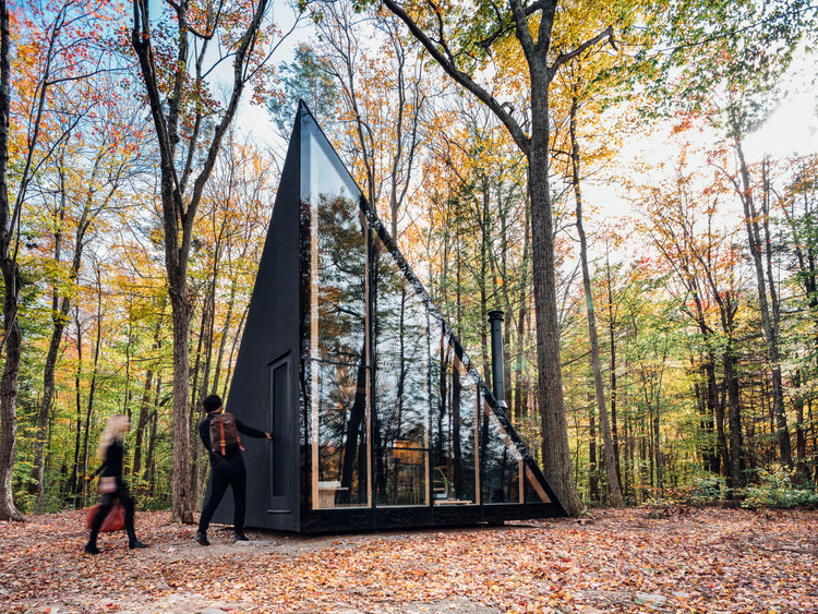 Micro-Architecture: 40 Big Ideas for Small Cabins, Courtesy of Klein