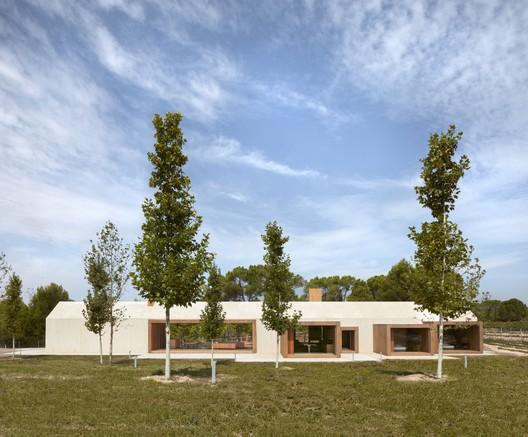 Cottage in the Vineyard By Ramón Esteve Estudio. Image credit: Ramón Esteve Estudio