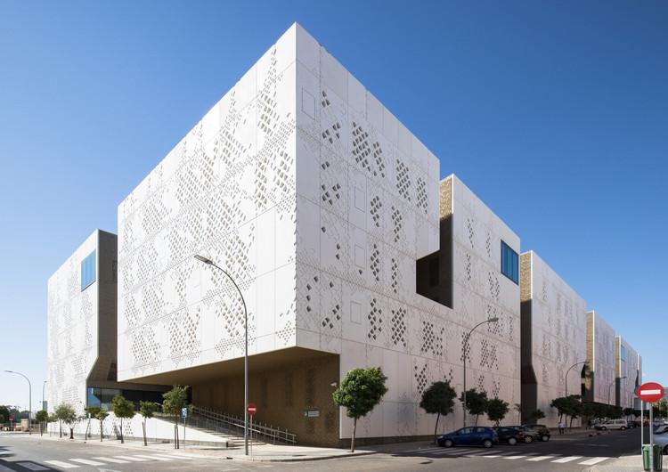 Palace of Justice / Mecanoo + AYESA. Image credit Fernando Alta