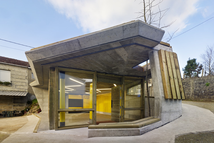Reforma del centro social en Noallo de Abaixo / Muiños Otero López Arquitectura, © Héctor Santos-Diez