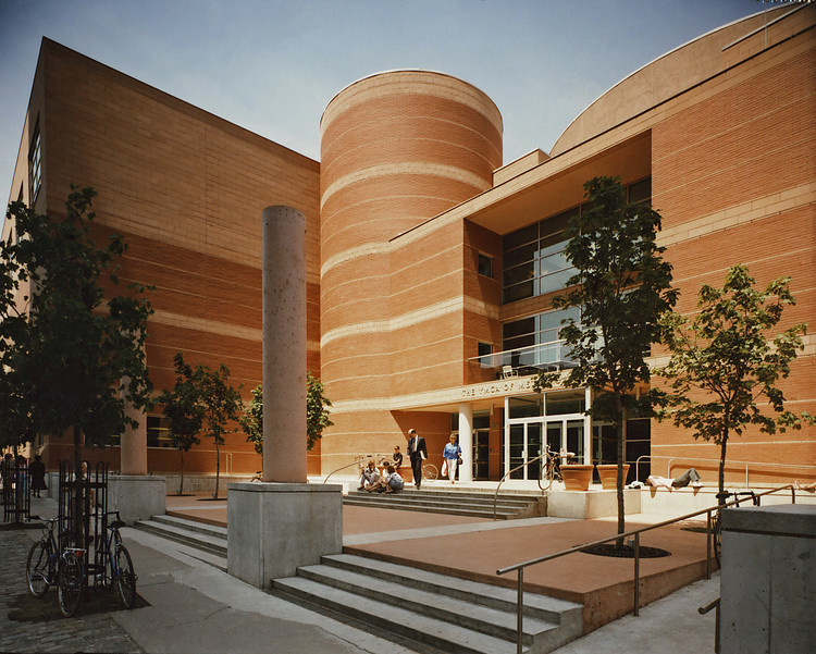 Toronto Central YMCA / Diamond Schmitt Architects, © Fiona Spalding-Smith