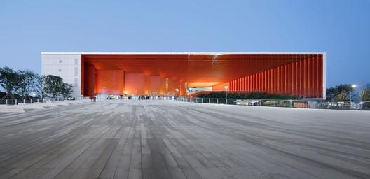 Main Entrance Lighting Effect. Image © Qiang Zhao