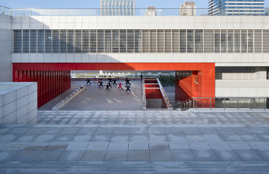 View From Stairs to Stages. Image © Qiang Zhao