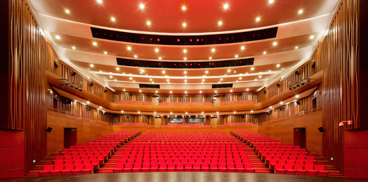 View From Stage to Seats. Image © Qiang Zhao