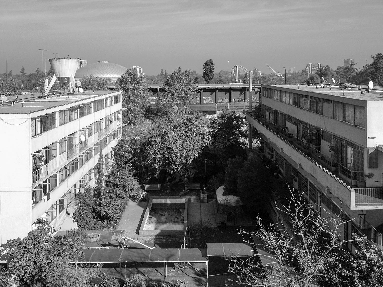 Clásicos de Arquitectura: Conjunto Habitacional Matta Viel / Bresciani Valdés Castillo Huidobro