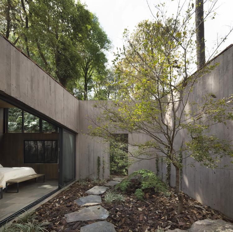 Proiectul unei cabane cu un etaj 10x10. Case cu un singur etaj