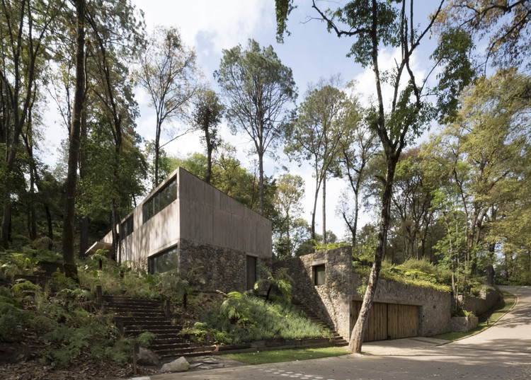 L House / Dellekamp Arquitectos, © Sandra Pereznieto