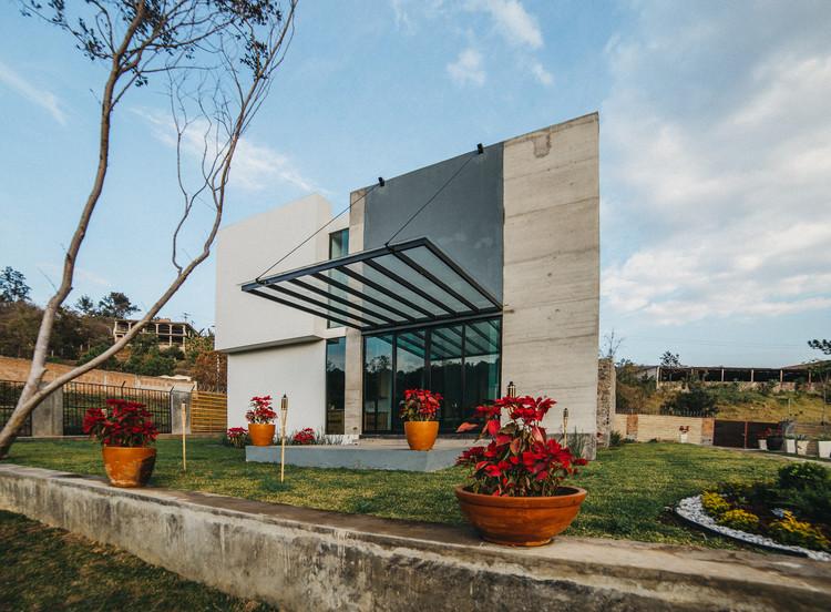 Casa Herradura / Zona Arquitectura Más Ingeniería, © Carlos Baltazar