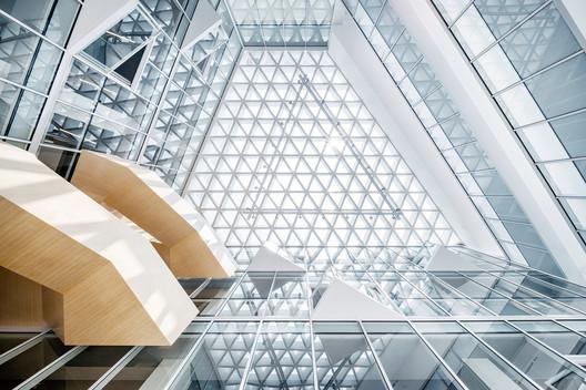 Top of Atrium. Image © Qingshan Wu