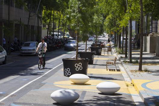 Poblenou Superblock, Barcelona / Ecology, Urbanism, and Mobility Department, Barcelona City Council. Image Courtesy of Ajuntament de Barcelona
