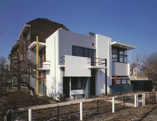 Residência Rietveld Schröder / Gerrit Rietveld. © Zasa Lein