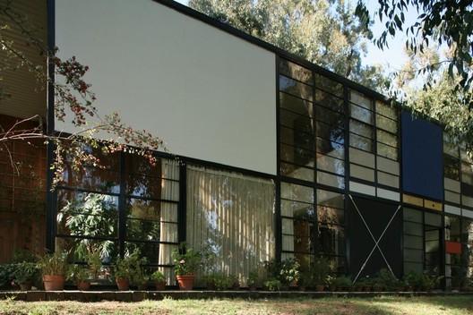 Casa Eames / Charles e Ray Eames. © Flickr de rpa2101