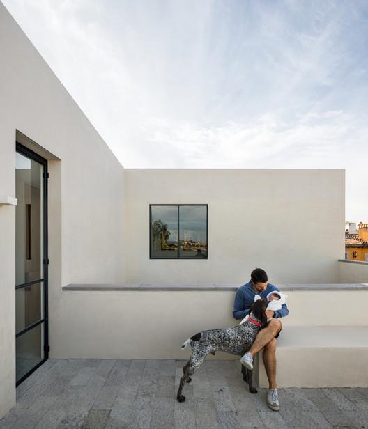 Casa La Quinta / Pablo Pérez Palacios, Alfonso de la Concha Rojas, Miguel Vargas, Blas Treviño, Jorge Quiroga . Image © Rafael Gamo