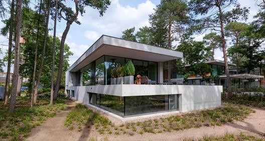 Casa Zeist / Bedaux de Brouwer Architects. Image © Michel Kievits