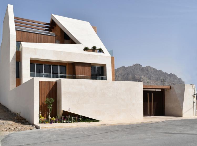Kharand-House  / Hamed Tadayon, Mohammad Amin Davarpanah, Javad Roholoullahi , © Sadaf Montazeri