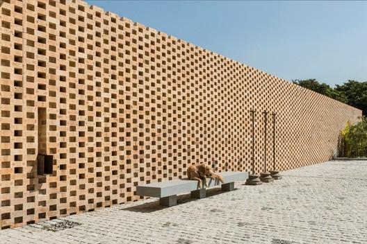 Casa tropical Urveel / Design Work Group. Image © Photographix
