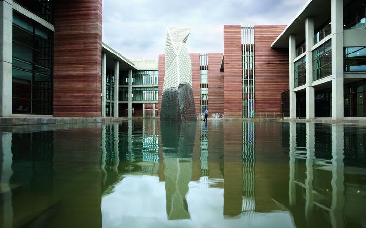 Campus 345 Telenor  / Arcop (Pvt) Ltd., © Irfan Naqi