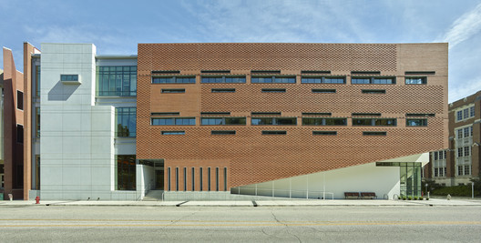 Centro UTHSC / brg3s Architects