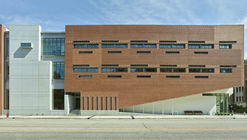 UTHSC Center for Healthcare Improvement and Patient Simulation / brg3s Architects
