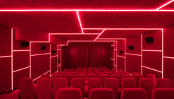 Delphi LUX, Cinema / Batek Architekten + Ester Bruzkus Architekten