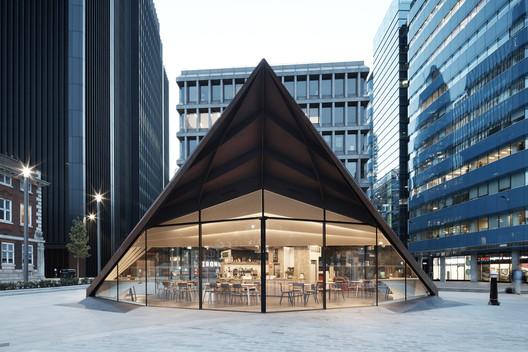Portsoken Pavilion / Make Architects