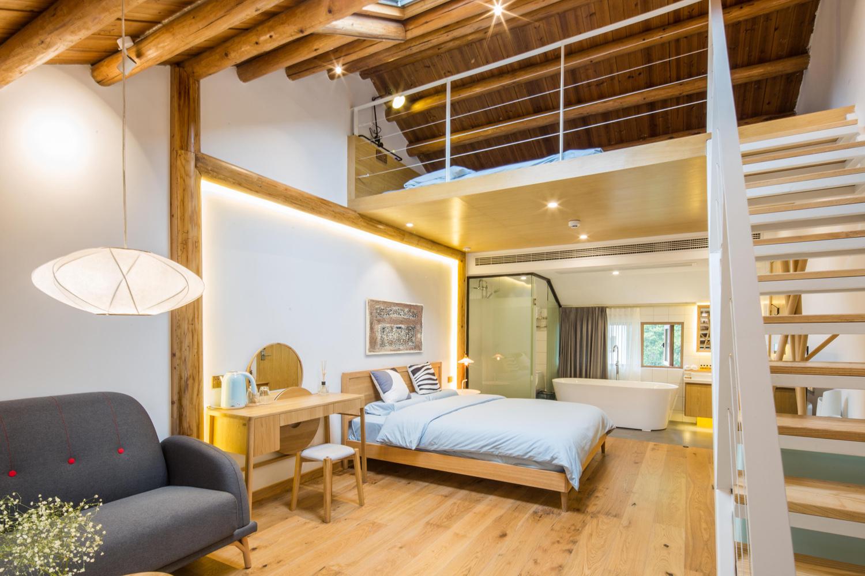 Gallery of qiyun boutique hotel quanwen interior design 23 for Design boutique hotels chalkidiki