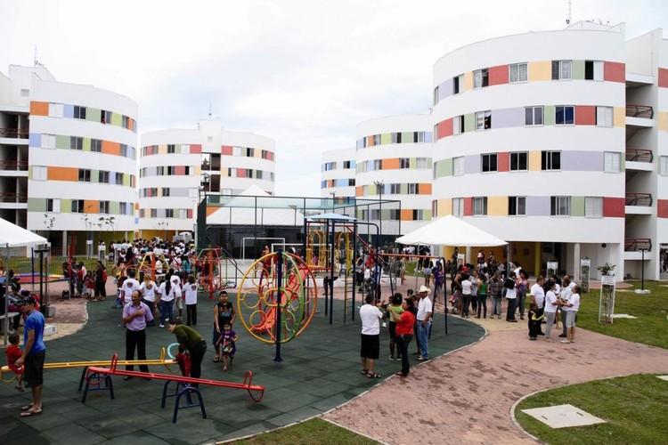 """Arquitetura Social: CAU/SP oferece 800 mil reais para capacitação e projetos, Conjunto dos """"Redondinhos"""", em Heliópolis, São Paulo. Projeto de Ruy Ohtake. Image © Daniel Ducci"""