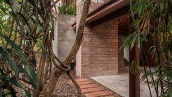 Casa Lutzenberger / Kiefer Arquitetos
