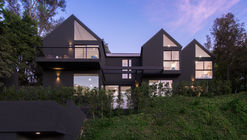 Residencia Hollyridge / AUX Architecture