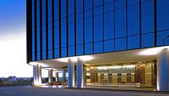 Edificio de oficinas Uptown Queretaro / Pascal Arquitectos