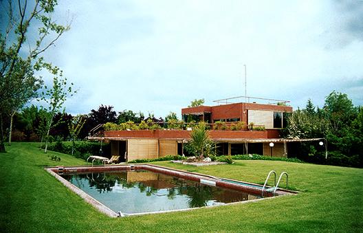 La desaparecida casa Guzmán de Alejandro de la Sota, Casa Guzmán. Alejandro de la Sota, 1972.. Image © Pablo Tomé Ferreiro